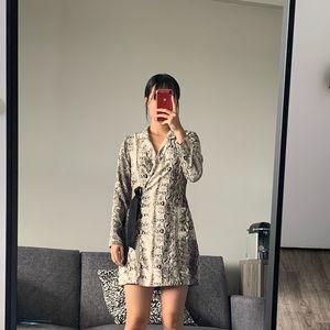 Dynamite animal print dress size M